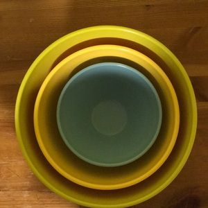 Other - 3 size Mixing bowl set